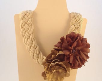 NECKLACE / belt Peony gold/beige