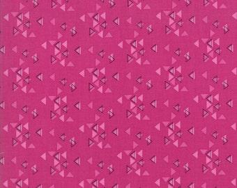 1/2 Yard - Spectrum Ombre - Triangles - Magenta - V and Co - Vanessa Christenson - Moda Fabrics - Fabric Yardage - 10862-15