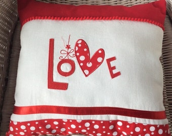 Valentine pillow cover. Red,white and Love.