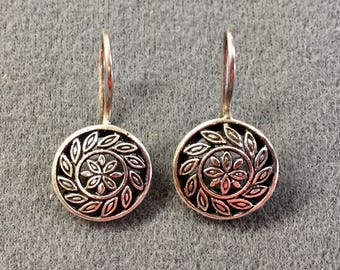 Sterling Silver Pierced Earrings with French Hooks.  Nice Details! Free shipping