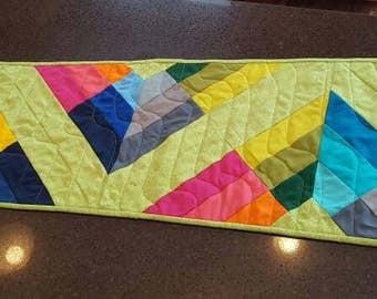Bright Kites Quilted Tablerunner