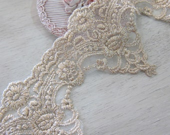 1 Yard-Exclusive Gold Thread Venice Lace/ NV232- Venice Lace/ Embroidered Lace/