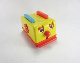 Vintage 1976 GABRIEL Busy Toaster Plastic Toy Gabriel Industries
