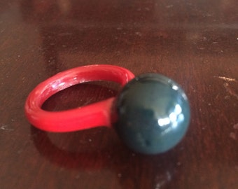 Vintage Red and Black Glass Ring Funky!