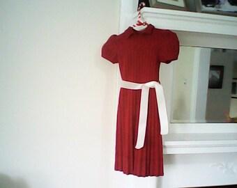 1930s GIRLS HAND KNIT Dress