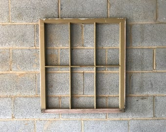 NO GLASS Vintage 6 Pane Window Frame - White, 28W x 31L, Rustic, Wedding, Beach, Home, Photos, Pictures, Business, Holiday, Farmhouse