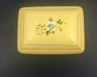 1930's-1940's celluloid soap dish