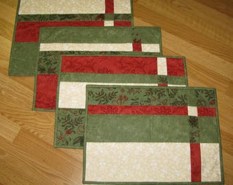 Quilted Placemats Red, Green, White, Set of 4