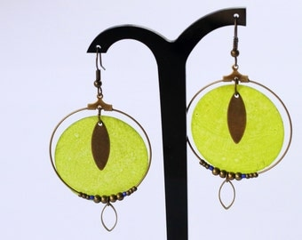 Creole earrings pearly green