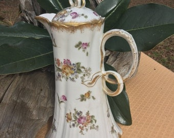 Gorgeous chocolate pot from the 1930's!