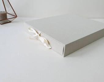 BOX guest book or photo album