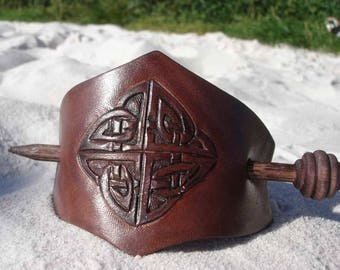 CELTIC LEAF hair CLASP Leather Celtic knot Jewelry Jewellery Jewelry Original Long Hair Accessory Woman Pagan Pagans Celt Celts Ornamental