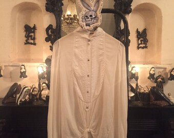 "Michel Berandi Designer dress shirt ""Pirate Love""shirt made to order menswear Neo Romantic  shirt Louis XIV Chemise Blanche et Têtes de Mort"