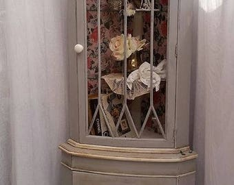 Beautiful Romantic Shabby Chic Stylish Corner Cabnet Hand Painted in Annie Sloan
