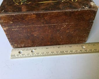 Jewelry collectible box for storage or display with oriental Asian design