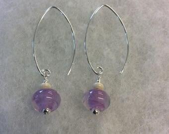 Mauve  swirl lampwork sterling silver earrings.