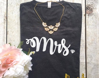 Mrs. Vneck,Wedding, Bridal Party, Silver, Glitter, Graphic Tee