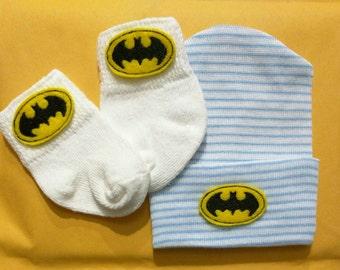 BAT Newborn Hospital Hat and mATChInG sOCks! 1st Keepsake! 1st Hat! Newborn Hospital Hat! Great Gift! Super Cute!