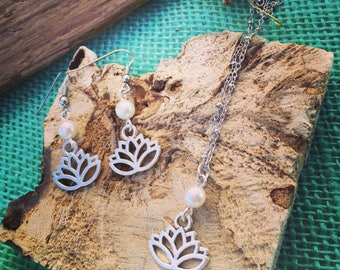 Silver and Pearl Sand Dollar / Lotus Flower Necklace & Earrings