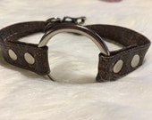 Brown Paisley Leather O-Ring Choker Style Collar with Locking Buckle