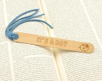 birth announcement, baby girl annoucement, baby boy announcement, baby shower gift, newborn favor, engraved wood bookmark, family keepsake