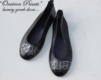 Black flat shoes / Artistic shoes / Suede ballet flats / Womens shoes / black flat shoes / ballet shoes / black leather shoes.