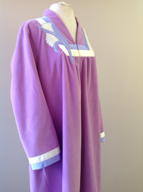 RESERVED L / Vanity Fair Velour Nightgown / Vintage Sleepwear