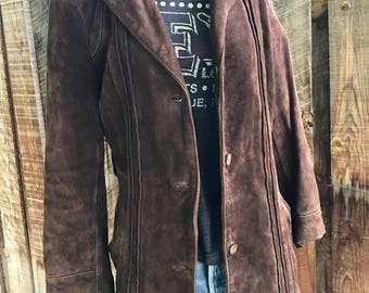 Vintage 70's chocolate brown suede womens jacket / 3 button front / 2 pockets / lined /