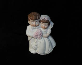 Wedding cake topper vintage 1980s in excellent condition