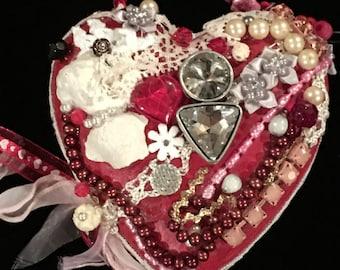 KISSES...a handmade heart you will LOVE!