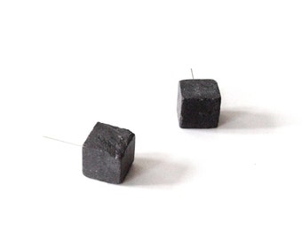 Dark gray cube earrings, Cube studs, Geometric earrings, Silver earrings studs, Concrete earrings, Minimalist earrings, Simple post earrings
