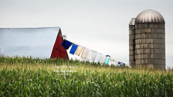 Lancaster, PA Laundry Day Amish Farm 5x7 8x10 11x14
