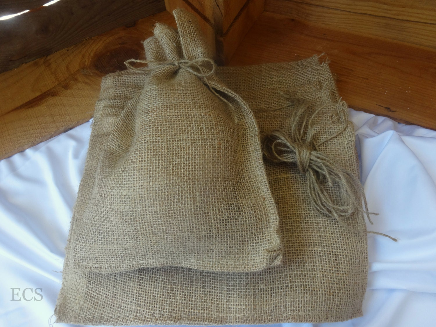 Set of 10 or 20 8 x 12 burlap bags without drawstring for Decorative burlap bags