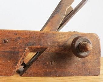 Vintage Wood Hand Plane - Antique Wood Carpenters Plane