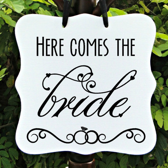 Wedding Sign, Here Comes The Bride, Mr & Mrs, Wedding Sign, Flower Girl Sign, Ceremony Sign, Wedding Day Sign