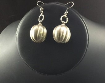 Sterling Silver Ball Earrings with Striatons