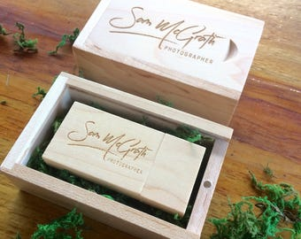 Wood USB box and USB drive. With customised logo engraving. 10pk
