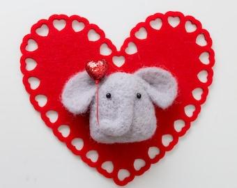 Valentine's Day / Needle Felted Elephant Konigiri with Heart Balloon, Felted Animal, Cute Kawaii Valentine's Day Gift