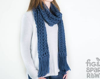 Blue Knitted Scarf, Woollen Scarf, Chunky Scarf, Winter Scarf, Winter Clothing, Women's Clothing, Tassel Scarf