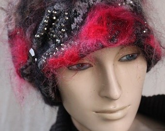 RED ROSES  BEANIE. hat, slouchy hat, cap. handmade,unique arts, ready to ship.