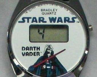 Vintage Bradley Darth Vadar Star Wars Watch! Digital Quartz Bradley Watch! original Band! Like new! Retired!