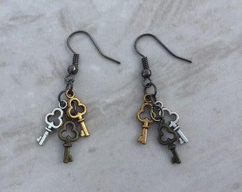 Steampunk key earrings, steampunk earrings, metal key earrings, steampunk jewelry, dangle earrings, gift for her