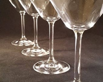 Crisp Sparkling Martini Glasses