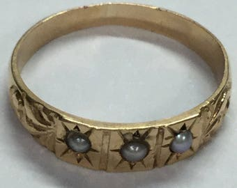 Vintage Victorian 10k Yellow Gold Pearl band Etched Pinky or Baby ring Size 1.25