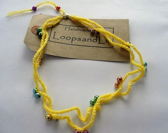 Crochet necklace. Contemporary Beaded necklace. Yellow chain necklace. Crochet jewellery. Fun jewellery. Beach necklace.