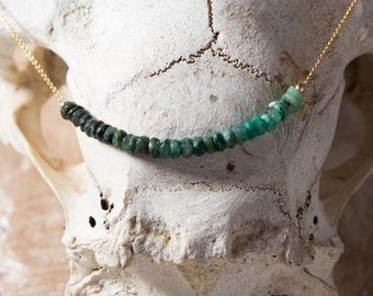 Raw Emerald necklace/May Birthstone Necklace/Natural Emerald Stone Necklace/Emerald Bar necklace/Emerald Row Necklace
