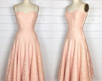 Vintage 1950s Blush Pink Lace Party Dress / Strapless / Satin Lined / Made by Lu-Sair / Full Skirt