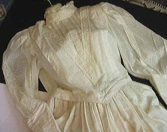Vintage Laura Ashley Wedding Gown 1985 Victorian Style 100% Cotton Dotted Swiss Ivory Womens US M Made In UK