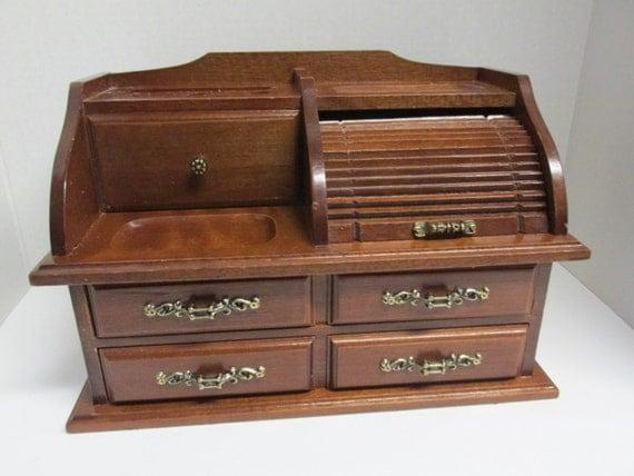 Wonderful Vintage Wood Mail Holder Desk Organizer