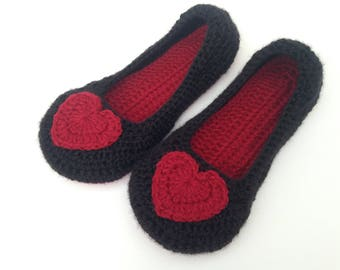 Red Heart and black crochet slippers. Womens crochet slippers. Ladies house shoes.